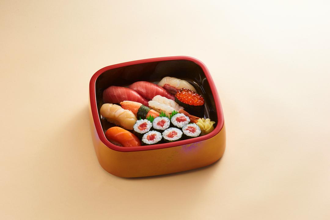 特上にぎり寿司 一人盛り